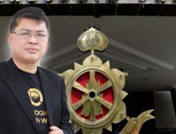 LQ INDONESIA LAWFIRM POLISIKAN LAWYER BODONG NATALIA RUSLI DAN KETUM PERADIN ROPAUN RAMBE YANG MENGUNAKAN IJAZAH PALSU UNTUK DAPAT SURAT BAS ADVOKAT